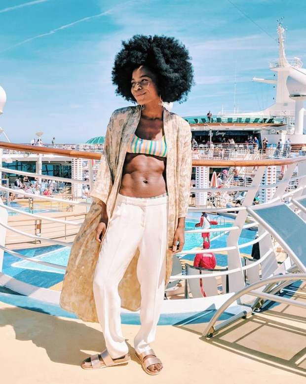 Τι φοράνε τα fashion girls στη παραλία
