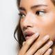4 beauty μύθοι που πρέπει να αγνοείς όταν αγοράζεις καινούργια προϊόντα περιποίησης