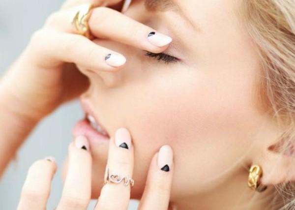 6 κοριτσια σου δινουν εμπνευση για τα νυχια