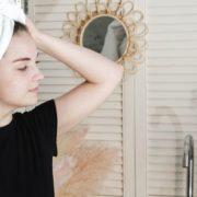 5 ασκήσεις για να ενισχύσεις και να δυναμώσεις τους μυς του προσώπου σου
