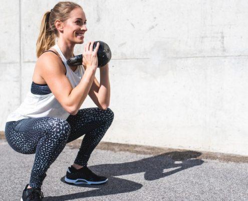 5 εναλλαγές που μπορείς να κάνεις για πιο αποτελεσματικό squat