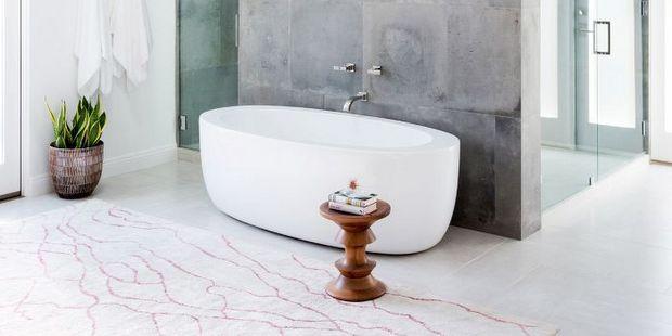 5 προϊόντα που θα κάνουν το σπίτι σου να θυμίζει spa