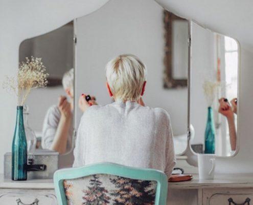 5 πρωινές συνήθειες που θα σε βοηθήσουν να νιώθεις ικανοποιημένη στο τέλος της μέρας