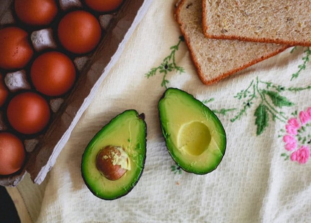 5 τροφές που θα σε βοηθήσουν να χάσεις τα περιττά κιλά της εγκυμοσύνης.