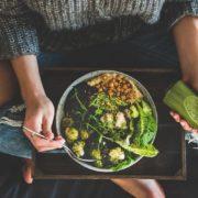 5 τρόποι να είσαι υγιής χωρίς να ξοδέψεις μια περιουσία