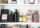 4 skincare συστατικά που θα πρέπει να αποφύγεις αν το δέρμα σου είναι ευαίσθητο