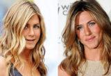 Ο κομμωτής της Jennifer Aniston αποκάλυψε το μυστικό για φυσικούς κυματισμούς στα μαλλιά