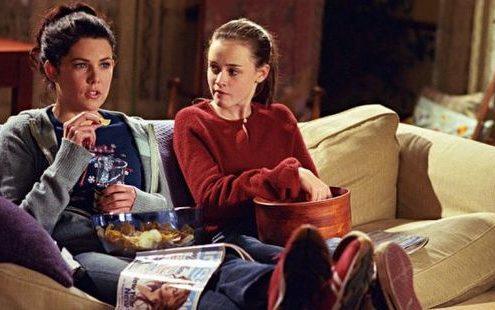 Αν σου έλειψαν τα Gilmore Girls, αυτή η νέα σειρά του Netflix θα σε αποζημιώσει