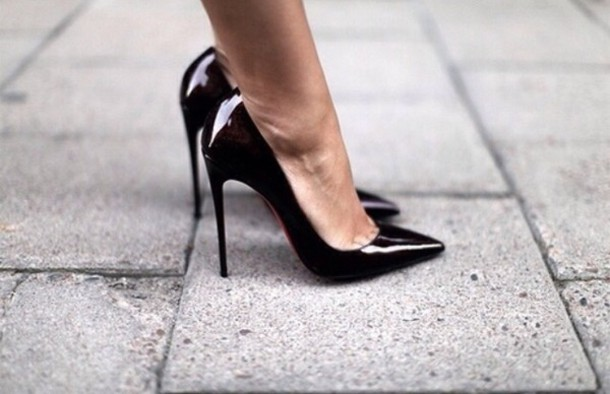 5bgxw4-l-610x610-shoes-black-black+shoes-black+heels--tumblr-black+high+heels-black+pumps