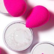 Η δημιουργός του Beautyblender εξηγεί πώς ακριβώς να το χρησιμοποιείς