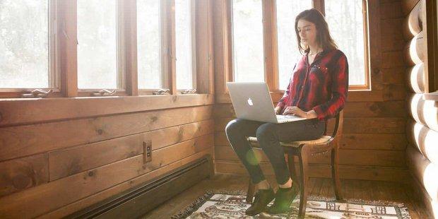 6 κανόνες που θα σε βοηθήσουν να είσαι super παραγωγική στο σπίτι