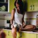 5 πράγματα που κάνεις λάθος όταν βρίσκεσαι στην κουζίνα σου