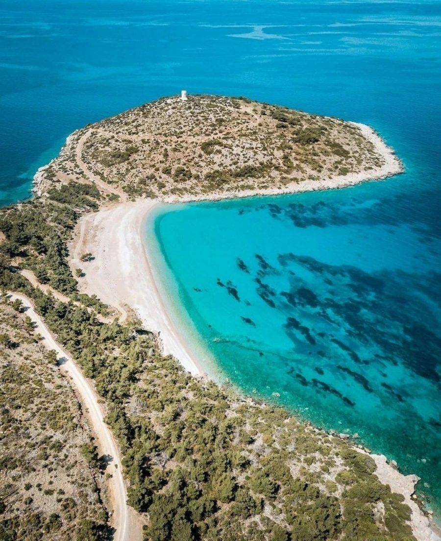 6 στάσεις που πρέπει να κάνεις αν επισκεφτείς τη γη της μαστίχας, τη Χίο