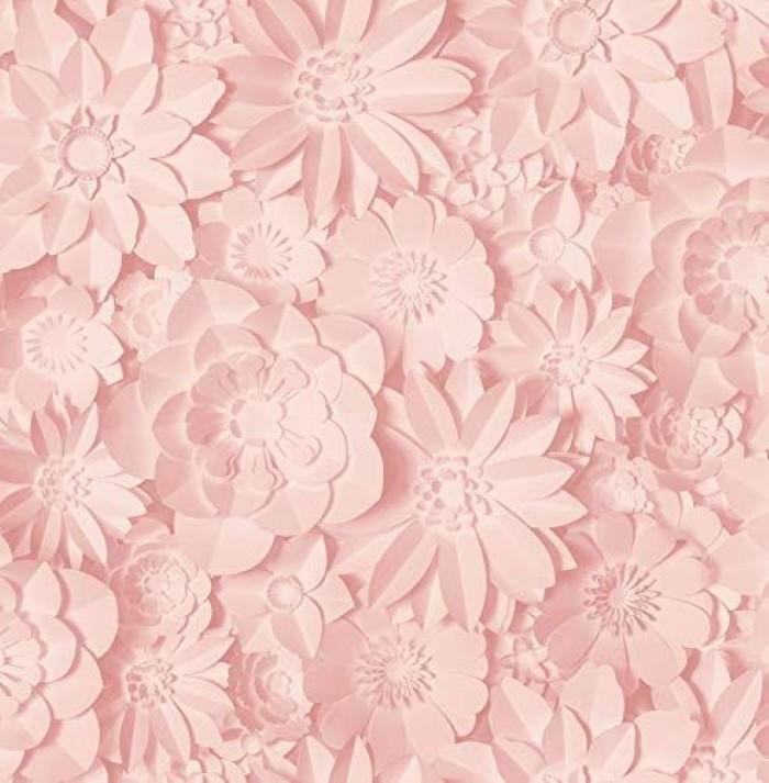 Δώσε μια pop πινελιά στους λευκούς τοίχους σου με μια ροζ ταπετσαρία