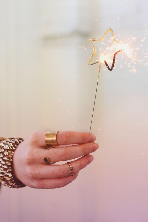 7 new year's resolutions για τη χρονιά που έρχεται
