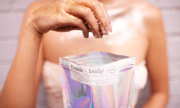 Αυτό το body scrub έχει λίστα αναμονής 50,000 ατόμων