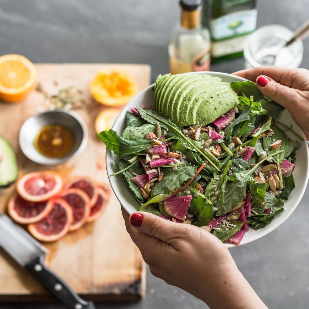 7 δροσερές σαλάτες, μια για κάθε ημέρα της εβδομάδας