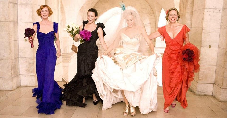7 ρούχα που καλό είναι να αποφύγεις να φορέσεις σε ένα γάμο