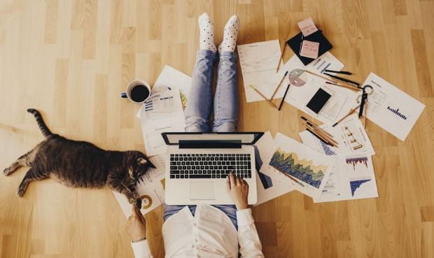 7 τρόποι να παραμείνεις παραγωγική όσο δουλεύεις απ΄το σπίτι