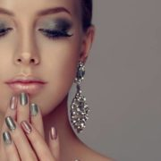 7 beauty trends για να δοκιμάσεις στις γιορτές