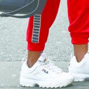 7 tips για να διατηρούνται τα λευκά sneakers σου σαν καινούργια