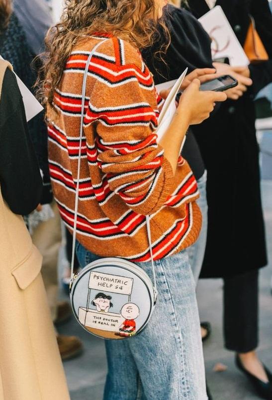 8-trendy-round-bags-fashion-9