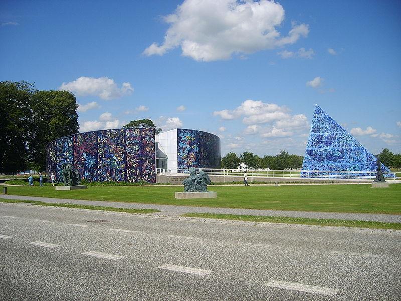 800px-Carl_Henning_Pedersen_og_Else_Alfelts_Museum