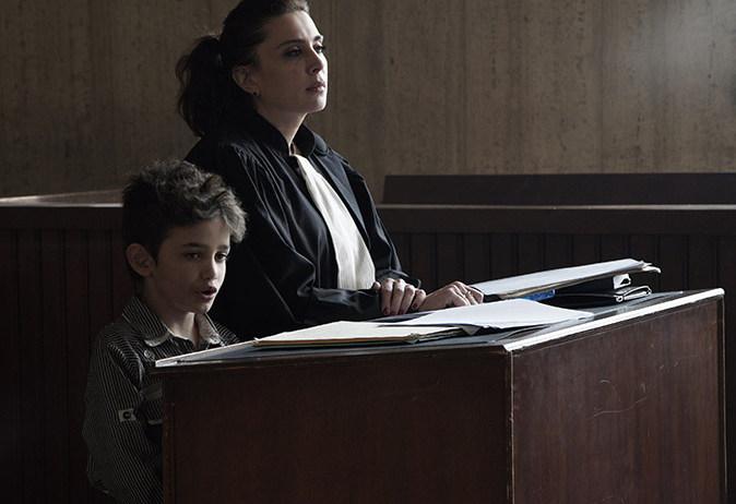 """Στην """"Καπερναούμ"""" ένα αγόρι μηνύει τους γονείς του επειδή γεννήθηκε"""