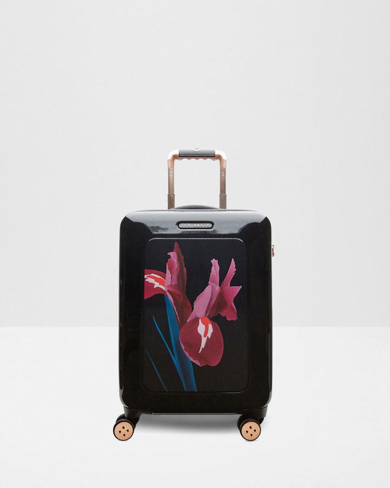 Βαλίτσα «SURIE», Ted Baker, 280 €.