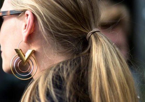 9 ιδέες για sleek ponytails και οδηγίες για να τα δημιουργήσεις μόνη σου