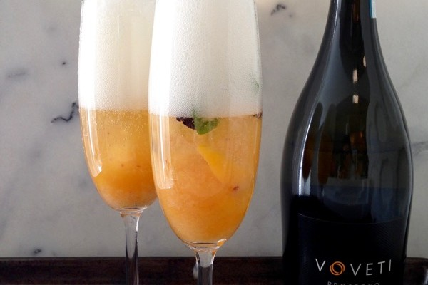 basil-peach-bellini-cocktail-recipe-2