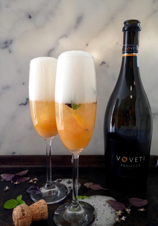 basil-peach-bellini-cocktail-recipe-2