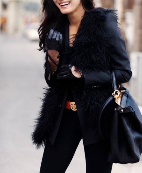 black-leather-gloves-street-style