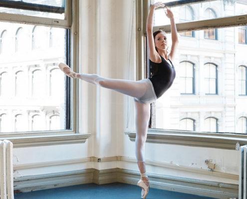 7 κινήσεις μπαλέτου που θα μεταμορφώσουν το σώμα σου