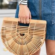 10 fashion items που πρέπει να έχεις οπωσδήποτε στην ντουλάπα σου