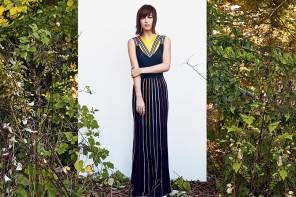 Η διαφορετικη πλευρα της Dakota Johnson αποτυπωνεται στη Vogue Φεβρουαριου