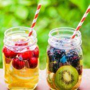 Φρούτα που πρέπει να προσθέσεις στο νερό σου για τέλειο δέρμα