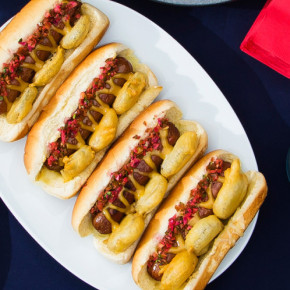 Η συνταγη ενος τιτανοτεραστιου hot dog Savoir Ville