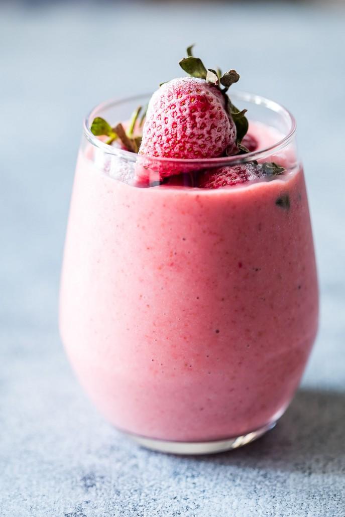 Smoothie φράουλα με γιαούρτι