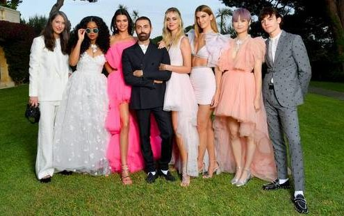 Giambattista Valli x H&M όλα όσα χρειάζεται να ξέρεις για αυτή την dreamy συνεργασία