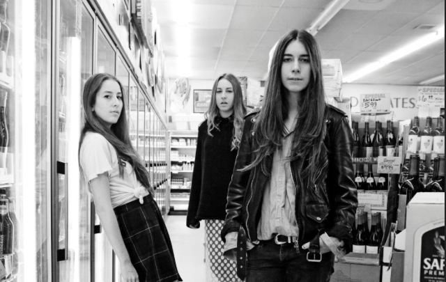 HAIM They don't have to ''Pray to God'' savoir ville (3)