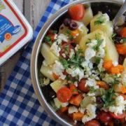 Μεσογειακή πατατοσαλάτα με φέτα