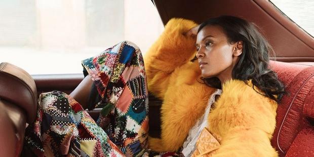 Ερωτευτήκαμε το style της Liya Kebede στη πρόσφατη φωτογράφιση της
