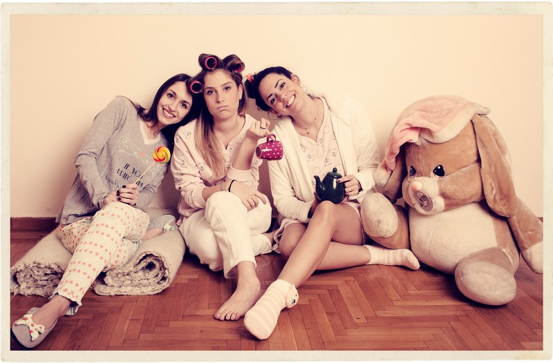 Beauty and Fashion Team (Μαρία Κυριάκου - Παρασκευή Σιδέρη - Έλενα Ράλλη)