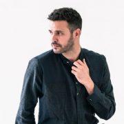 Ο Μιχάλης Λεβεντογιάννης είναι ο πιο stylish ηθοποιός της γενιάς του