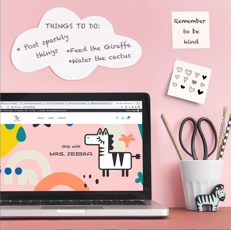 Όλα όσα χρειάζεται να ξέρεις για το online concept store Mrs. Zebra