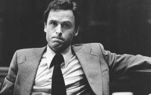 Σε αυτό το ντοκιμαντέρ θα δεις την ιστορία του Ted Bundy μέσα από τα μάτια μιας γυναίκας