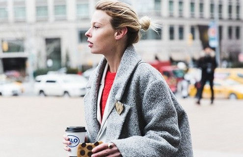 Style tips για να συνδυάσεις το γκρι παλτό σου φέτος το χειμώνα