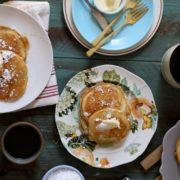 Pancakes με μπανάνα και σοκολάτα