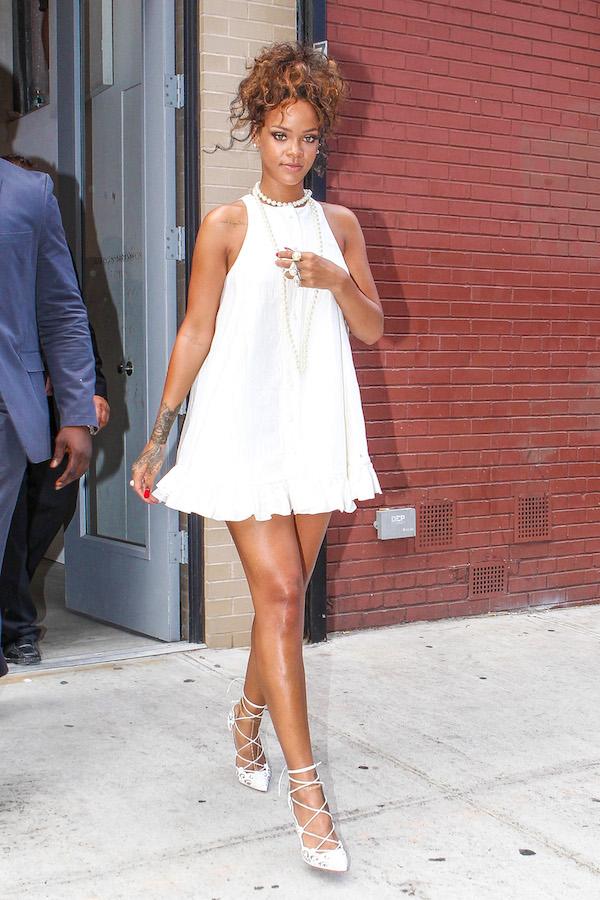 Rihanna reveals her tone stems for a fashion week event